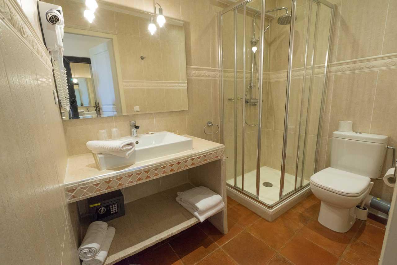 lang[meta_title] - Chambre 16 - Salle de bain