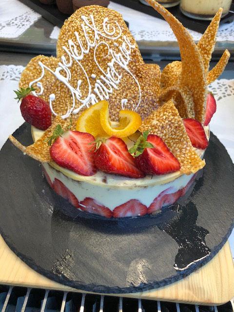 lang[meta_title] - Dessert Anniversaire Bellevue